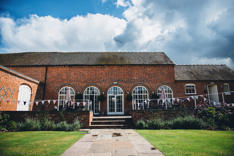 wedding-venues-in-staffordshire-alrewas-hayes-26